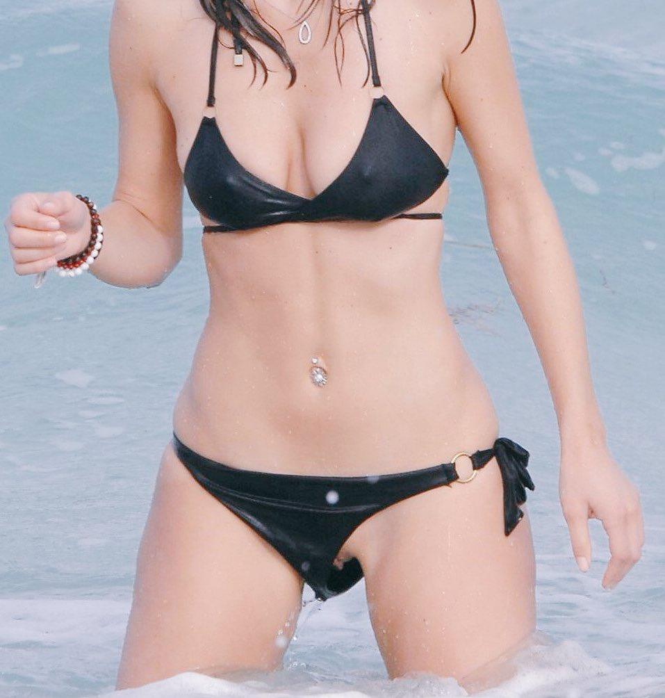 Das alles wegen den billigen Bikinis